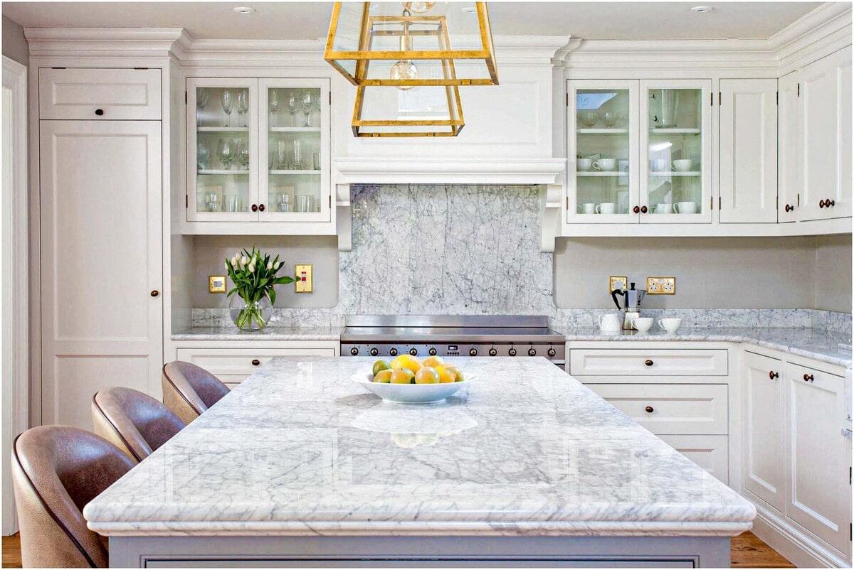 marbre blanc pour plan de travail